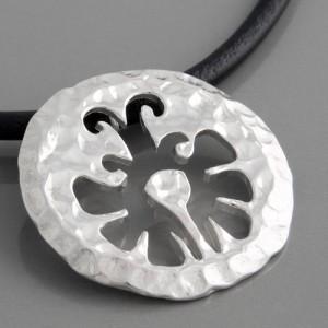 Silberanhänger Schmetterling mit Lederband