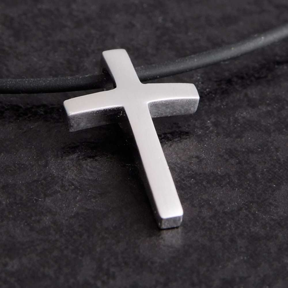 Kreuz anhänger silber  Tolles Kreuz aus 925 Sterling Silber | Größe für Kinder geeignet.